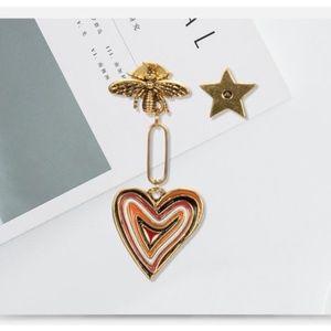 Different heart bee earrings